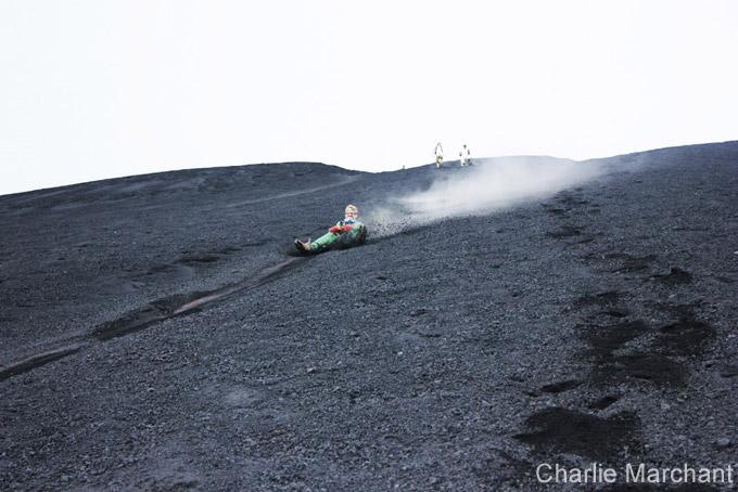 Surfer sur un volcan