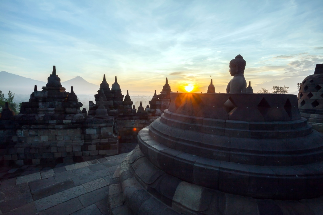 temple de borobudur au lever du soleil