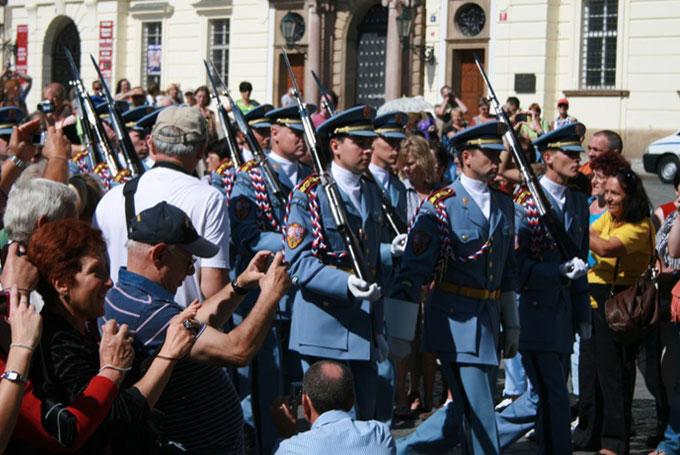 Défilé, château de Prague